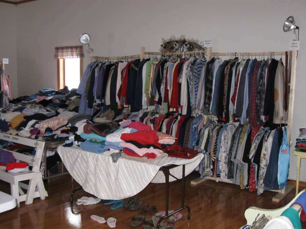 Pomona Bible Church Clothing Closet